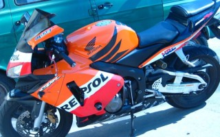 Хонда СБР 600 2004