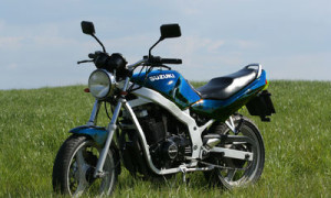 SUZUKI GS 500 E, описание модели