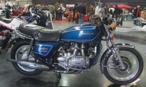 купить мотоцикл Хонда голд винг GL 1000