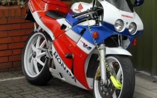 мотоцикл Хонда ВФР 400