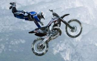 Как правильно прыгать на кроссовом Мотоцикле