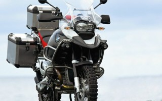 Мотоцикл BMW гусь
