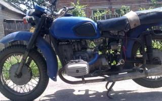 Мотоцикл днепр троит