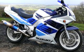 SUZUKI RF900F, описание модели