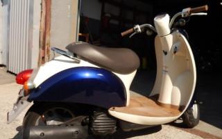 Скутер Honda crea scoopy