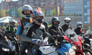 Фото мотоциклов спортивных с девушками