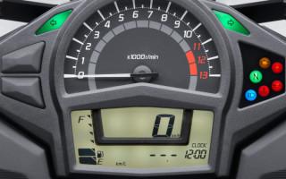 Kawasaki Ninja 650 2012 не работает тахометр
