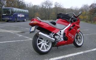 мотоцикл Хонда VFR 750