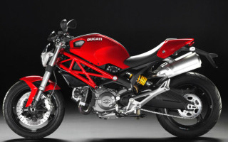 Мотоцикл ducati monster 696