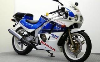 HONDA CBR250R, описание модели