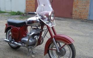 Мотоцикл Ява 350 старушка