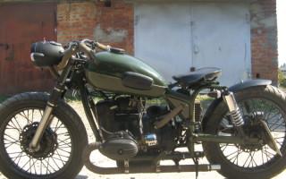 Мотоцикл Урал переделанный под чоппер