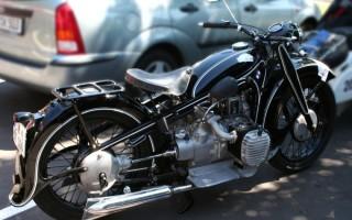 Мотоцикл BMW 12