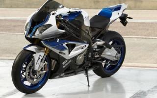 Мотоциклы BMW рядом с химками