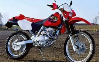 HONDA XLR250R, описание модели