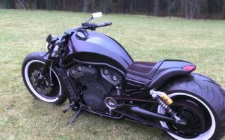 Harley Davidson v road