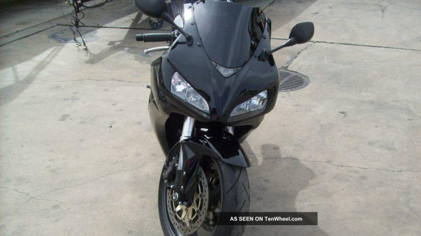 Хонда СБР 1000 2008