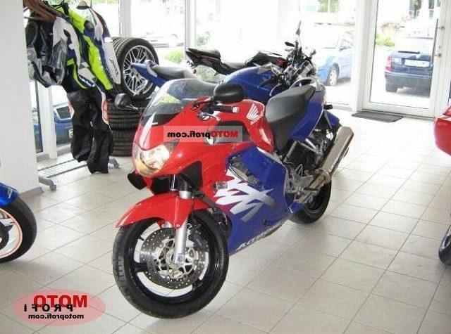 Мотоцикл хонда сбр 600